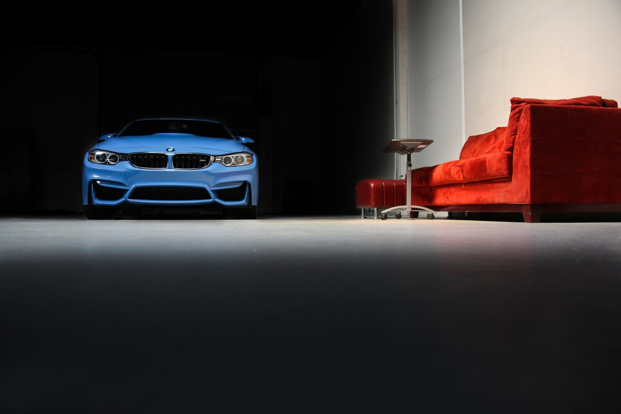 VFE's-new-M4-and-red-couch